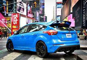 Ford Focus Rs Bleu : ford focus rs specs photos 2016 2017 2018 2019 autoevolution ~ Medecine-chirurgie-esthetiques.com Avis de Voitures