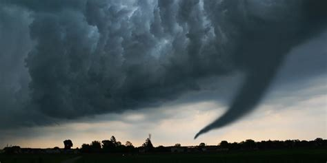 staying safe   tornado features cdc