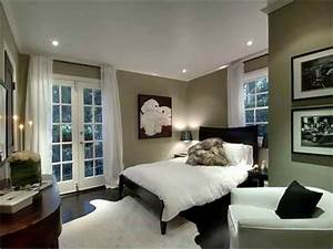Bedroom colors for bedroom wall with white curtains for Bedroom colors ideas pictures