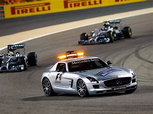 Mercedes Amg Gt Prix : mercedes benz sls 63 amg gt f1 safety car c197 39 2012 14 ~ Gottalentnigeria.com Avis de Voitures