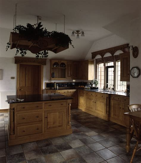 Traditional Country Kitchens, Handmade Kitchens, Bespoke