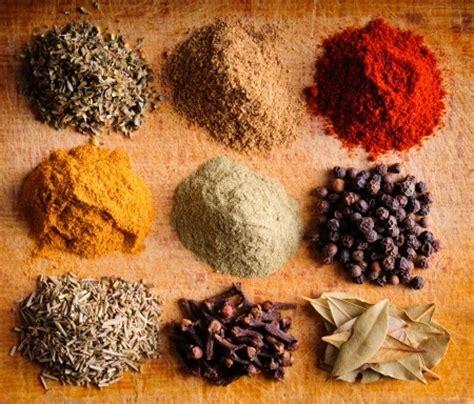 la cuisine des epices epices et régime maigrir avec les aromates les alliés
