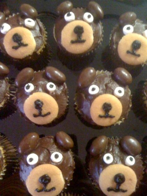 ideas  bear cupcakes  pinterest teddy
