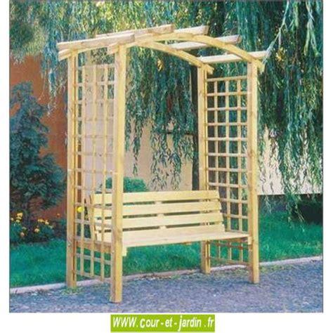 pergola de jardin arcade en bois avec banc cour et jardin