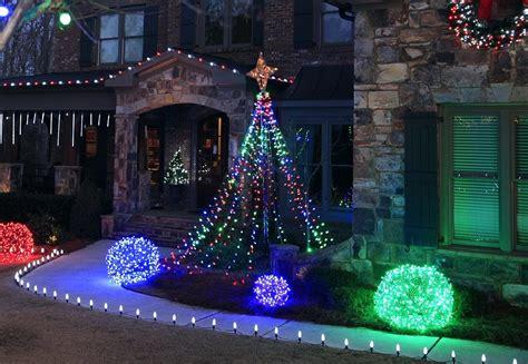 correct way to string lights on christmas tree best way to string lights on your christmas tree