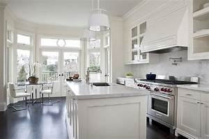 cream kitchen cabinets with white marble countertops With what kind of paint to use on kitchen cabinets for multi coloured canvas wall art