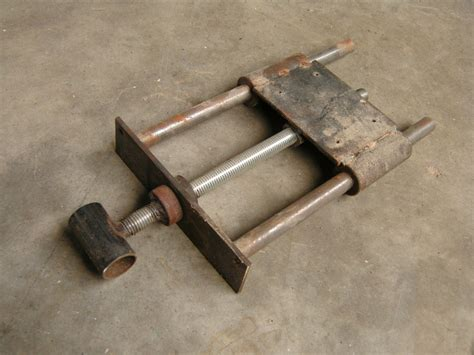 homemade wood vise  woodworking