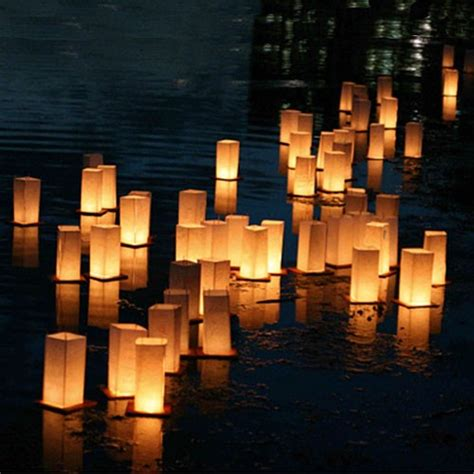 floating paper lanterns pack of 2 pipii