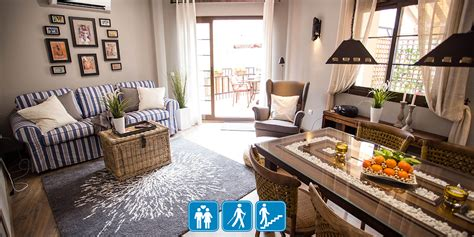 Picasso Garten, Dachgeschoss, 1 Schlafzimmer, Wohnzimmer