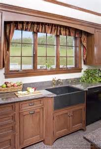 ideas for kitchen windows country kitchen design pictures and decorating ideas smiuchin