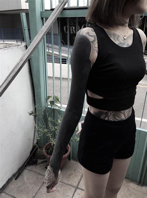 Les Tatouages Blackout Tattoosfr
