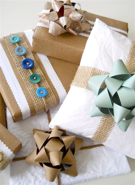 Recycled Gift Wrap Ideas!  A Homemade Living