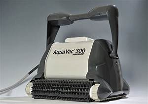Nettoyer Ligne D Eau Piscine : robot de piscine hayward aquavac 300 chariot ~ Dailycaller-alerts.com Idées de Décoration