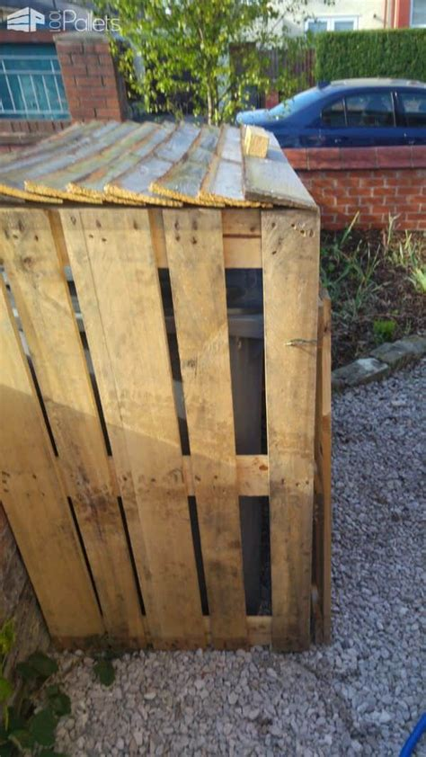 pallet garbage bin storage shed  pallets