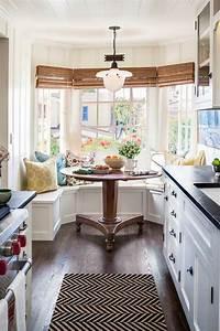 bancos bajo las ventanas en cocinas decoración de