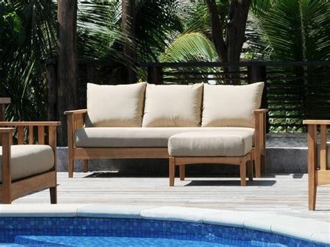 canapé extérieur le canapé de jardin embellit votre espace extérieur