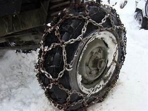 Chaine Pneu Voiture : les chaines neige mont es sur vos pneus chaines cha nes chainesneige chaine voiture neige ~ Medecine-chirurgie-esthetiques.com Avis de Voitures