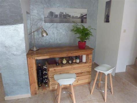 recyclage mobilier bureau bar en bois de palettes https com media set