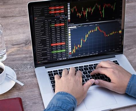 pourquoi je suis  day trader forex independant  les