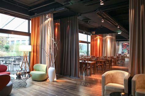 Vorhang Als Raumtrenner ein raumteiler vorhang im design hotel adler wohndesign