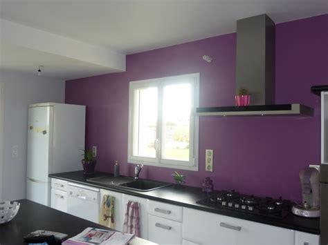 cuisine couleur violet besoin d 39 aide pour couleur des murs page 2
