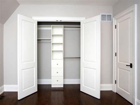 closet door designs bypass closet doors  bedrooms