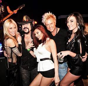 Vinnie Paul Hosted his 50th Birthday Bash at Vinyl inside ...