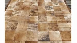 tapis en peaux de vache patchwork tapis haut de gamme With tapis peau de vache avec taille canapé 2 places