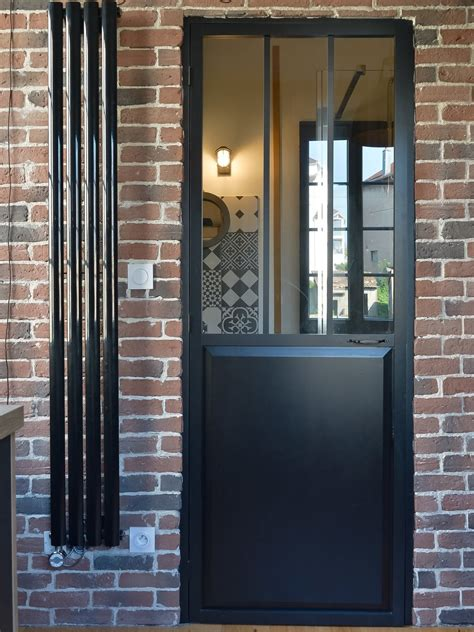 style porte la porte et le radiateur au style industriel leroy merlin