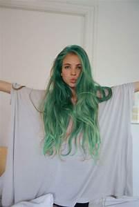 Tumblr Girl With Green Hair Cc | Kan du måla allt med ...