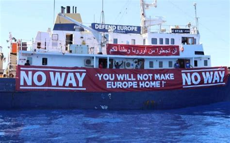 Aquarius Bateau Soros by Anti Migrant Ship Defend Europe Rescued By Ngo In