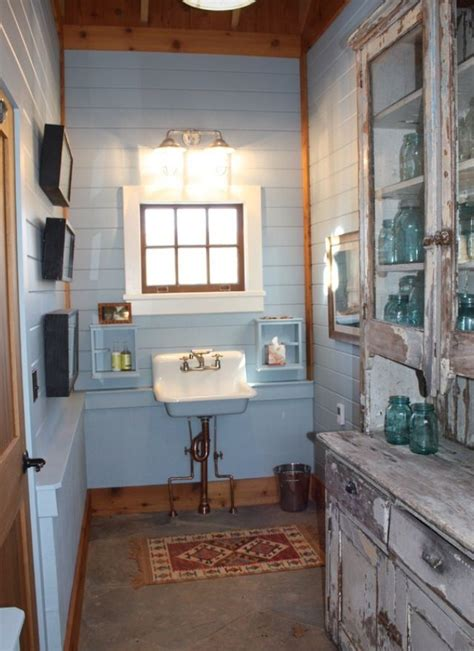 The Gallery For > Rustic Country Bathrooms