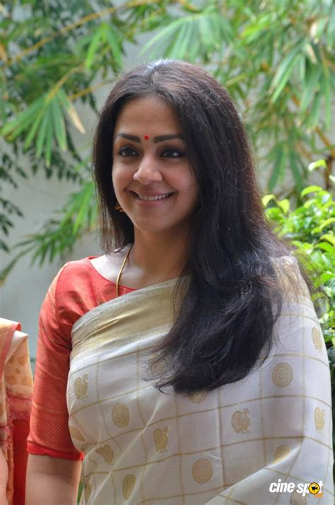 actress jyothika latest photos jyothika latest gallery 6
