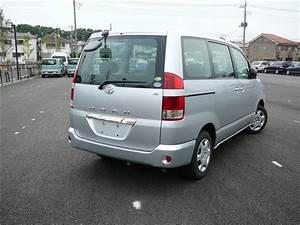 Toyota Noah X