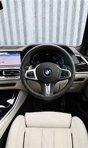 BMW X5 hybrid interior & comfort | DrivingElectric