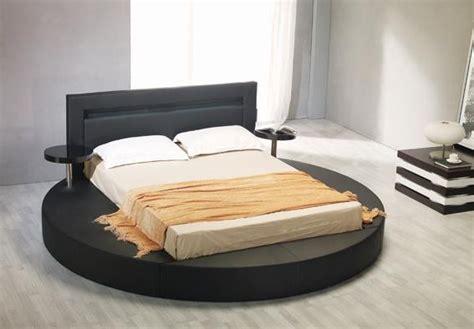 Black Leatherette Round Platform Bed