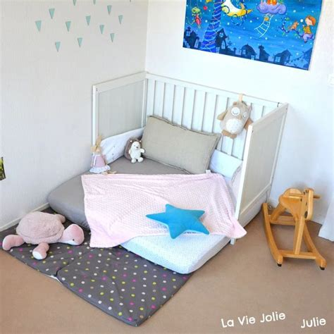 chambre montessori 25 best ideas about lit montessori on lit