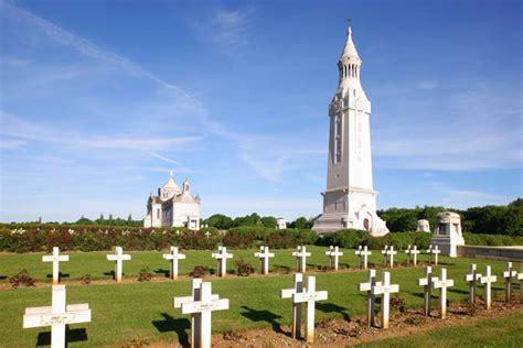 si鑒e social nord pas de calais rendez vous alla necropoli nazionale di notre dame de lorette ablain nazaire sito ufficiale turismo in francia