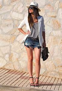 Stylish Street Style Outfit Ideas with Ankle Strap Heels ...