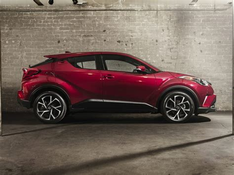 Toyota Chr Hybrid Hd Picture by 2019 Toyota Chr Hybrid Release Date And Price 2020 Car