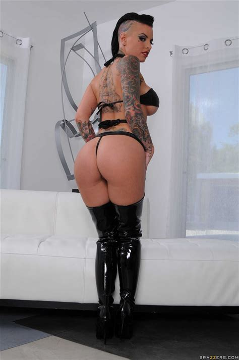Christy Mack Gets Her Ass Fucked In Sexy Boots Brazzers