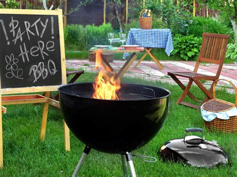 backyard barbeque 7 ways to keep mosquitoes away