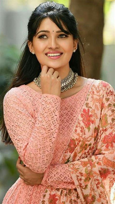 Vani Bhojan Indian Beauty Clothes For Women Women