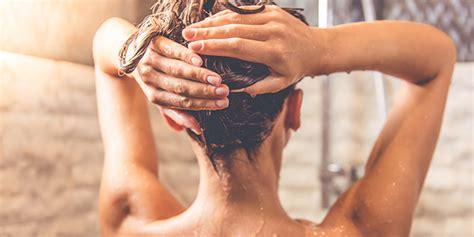 donne fanno la doccia sotto la doccia idee migliori ecco perch 233 roba da donne