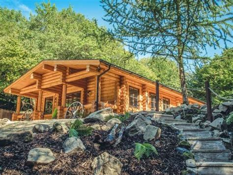 stay log cabins with tubs log cabin with tub in shropshire book for 2017 today