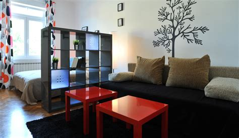 One Bedroom Apartments Ta by One Bedroom Apartment From 59 99 Taban Bar Hostel
