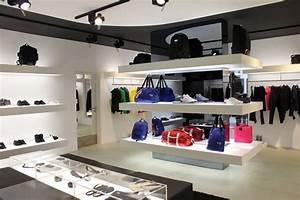 Design Store Berlin : y 3 shop in shop berlin retail design blog ~ Markanthonyermac.com Haus und Dekorationen