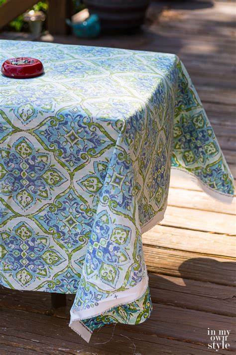 How To Make Outdoor Bench Cushions by Easy Ways To Make Indoor And Outdoor Chair Cushion Covers