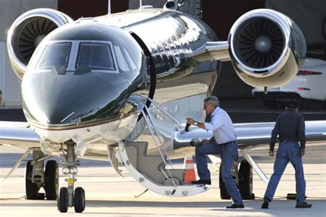 Mark Zuckerberg Private Jet Pustchacom