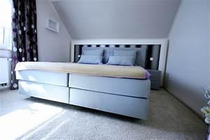 Schränke Für Schräge Wände : wohnidee schlafzimmergestaltung mit ankleide raumax ~ Michelbontemps.com Haus und Dekorationen